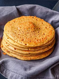 Gluten-Free Buckwheat Groats Pancakes made with your blender with whole soaked groats & cinnamon. Raw Dessert Recipes, Gf Recipes, Dairy Free Recipes, Raw Food Recipes, Mexican Food Recipes, Cooking Recipes, Freezer Recipes, Freezer Cooking, Drink Recipes
