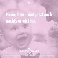 Es hat auch Vorteile, man muss es positiv sehen ;)  Mehr lustige Sprüche auf: www.mutterherzen.de  #schlaf #schlafen #nacht #kind #weinen #schreien #kinder #nachts #erreichbar #eltern #baby