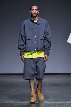 Willy Chavarria Spring 2019 Menswear Fashion Show Collection: See the complete Willy Chavarria Spring 2019 Menswear collection. Look 23
