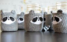 Raccoons! - Pops de Milk #crochet #etsymadeincanada #raccoon