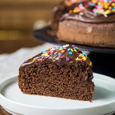 Easy Cake Recipes - New ideas Chocolate And Vanilla Cake, Chocolate Cake Recipe Easy, Chocolate Recipes, Chocolate Frosting, Homemade Chocolate, Chocolate Desserts, Homemade Cake Recipes, Cookie Recipes, Dessert Recipes