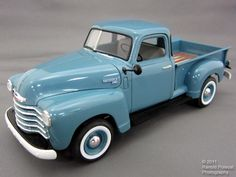 ..I love the old school trucks like this. I want one some day