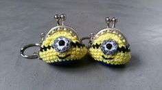 Crochet Wallet, Crochet Coin Purse, Crochet Purses, Crochet Earrings, Minion Crochet, Minions Love, Big Purses, Change Purse, Cool Boots
