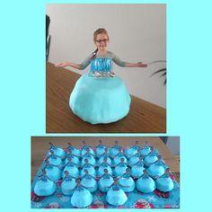 Frozen Elsa traktatie Cupcake op de kop en bekleed met fondant.