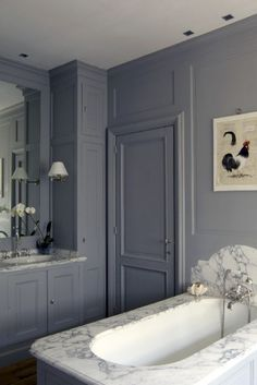Deep grey~Lovely marble.                                                                                                                                                                                 More