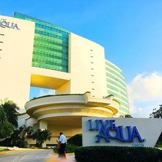 The look from the outside is so deceiving because Live Aqua Cancun is huge!!!
