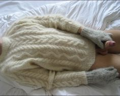 "fluffyfuzzyhairy: ""I love wanking in wool. Whoever this is, he´s a fetish soulmate. "" Mine too"