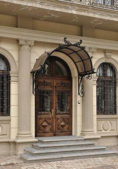 Muzeul Colectiilor de-Arta Bucuresti palatul Romanit palace Museum of Art Collections Bucharest Romania