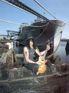 Fotolog es una red social de compartimiento de fotos para hacer amigos y vivir con sus pasiones. Guns N Roses, Saul Hudson, Best Guitarist, 80s Rock, Rare Images, Band Pictures, Welcome To The Jungle, Axl Rose, Tom Hiddleston Loki