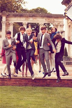 all their faces are just like. Beyond hot? They are all just so cute and adorbs. I love them all so much Zayn Malik, Liam Payne, Niall Horan, Louis Tomlinson, and Harry Styles One Direction One Direction Brasil, One Direction Facts, I Love One Direction, Niall Horan, Zayn Malik, British Boys, Thing 1, Raining Men, 1d And 5sos