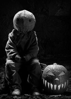 creepy macabre photography   scary Black and White movie creepy horror Macabre terror pumpkin ...