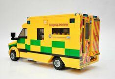 Lego Ambulance, Lego Police Station, Lego Fire, Lego Furniture, Lego Truck, Lego Activities, Lego Speed Champions, Lego Vehicles, Lego Military