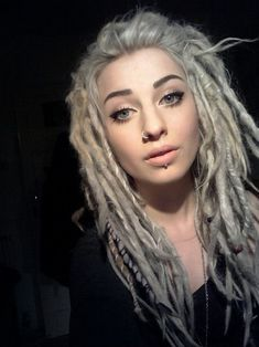 Beautiful Face.. Great dreads..