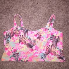VS PINK Floral Crop Top Straps Flowers New with tags. ✨Save $$$ when bundling with other items. NO TRADE PINK Victoria's Secret Tops Crop Tops