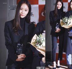 Black Tailored Blazer with Pumps Fashion of fx Krystal