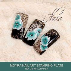 Nail art with Moyra Stamping Plate No. 35 Wallpaper, Moyra SuperShine Colour Gel No. 501 Devil, No. 502 Snow, Moyra Stamping Nail Polish SP 13 Dark Brown  #moyra #nailart #stamping #plate #wallpaper #supershine #colourgel #koromnyomda #koromdiszites #szineszsele #nyomdalakk #nailpolish #darkbrown #snow #devil #foil