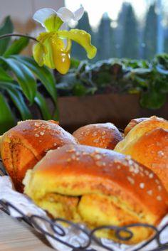 Kuchennymi drzwiami: Duńskie bułeczki Tebirkes. Z pistacjowym pesto. Pi...