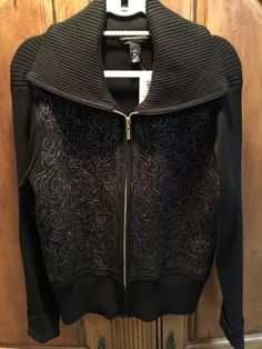 WHITE HOUSE BLACK MARKET WOMEN'S BLACK AND GOLD ZIP UP TOP SIZE XL NWT #WhiteHouseBlackMarket #SWEATER #Casual