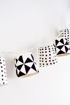 nice black and white garland for a kidsroom