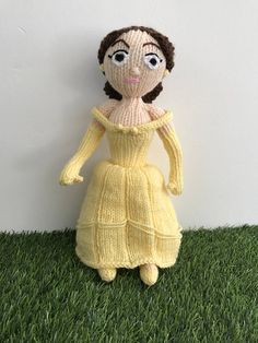 Knit your own Belle from Beauty and the Beast.  Belle measures roughly 30cm tall.  This easy to follow pattern is great for beginner to intermediate level. Each row is numbered and there are plenty of pictures to help when sewing together. Everything is knitted flat on straight needles and sewn together. This is a fun and challenging project and you will love the finished product.  You will need DK weight wool, 4mm (US size 6) needles, polyester stuffing, scissors and a yarn needle.  This is…