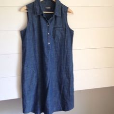"""J Jill linen dress This is a """"throw in on and go"""" dress! Perfect with sandals. Looks polished yet casual. J Jill Dresses Midi"""