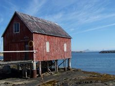 Rorbu, fisherman's hut, Lovund, Norway, red, weatherbeaten