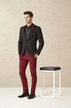 Red and blacks red jeans men, burgundy pants men, burgundy pants outfit, red Burgundy Pants Outfit, Blazer Outfits Men, Mens Fashion Blazer, Suit Fashion, Red Outfits, 1950s Fashion, Vintage Fashion, Burgundy Pants Men, Red Jeans Men