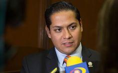El diputado del PRD acusó al de Movimiento Ciudadano de estar involucrado en las protestas por la situación de los Ceresos de Michoacán;…