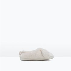 ZARA - KIDS - LAMB SLIPPERS