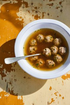 Olasz húsgombócleves medvehagymával recept | Street Kitchen
