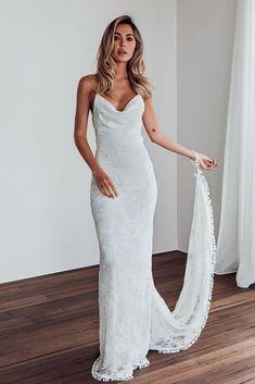 18a120839 24 Bridal Trends In 2019  Off The Shoulder Wedding Dresses