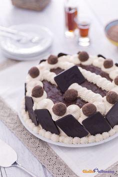 Quando volete celebrare una festa coi fiocchi, la #torta di cacao con crema di…