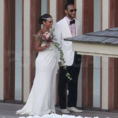 A pregnant Alicia Keys and Swizz Beatz tied the knot in July 2010 on the Italian island of Corsica.