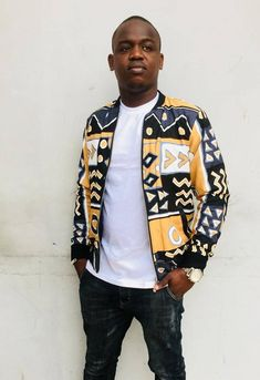 African Wear, African Fashion, Ankara Styles For Men, Style Africain, Printed Bomber Jacket, Shirt Print Design, African Design, Classy Dress, Fabric Patterns