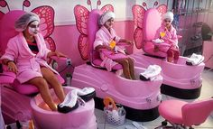 Kids' Mani-Pedi, Facial, and Makeup, or Spa Party for Up to 10 Girls at Mommy & Me Salon (Up to Off) Kids Nail Salon, Nail Salon Design, Nail Salon Decor, Beauty Salon Decor, Kinder Spa Party, Childrens Salon, Schönheitssalon Design, Girl Salon, Kids Spa