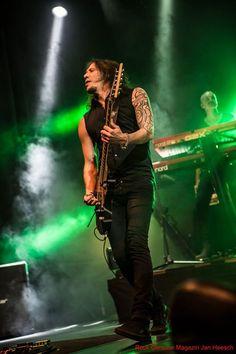 Alex Scholpp and Christian Kretschmar playing for Tarja Turunen live at Batschkapp, Frankfurt, Germany. The Shadow Shows, 12/10/2016 #tarja #tarjaturunen #theshadowshows #tarjalive PH: Jan Heesch for https://web.facebook.com/rockgenuine/