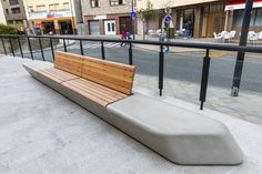 Concrete Rudolph UK - Arpa - Luxury concrete street furniture - mix & match modules for indoor and outdoor public space. Concrete Bench, Concrete Furniture, Decor Interior Design, Interior Decorating, Commercial Center, Wall Seating, Urban Park, Landscape Architects, Conceptual Design
