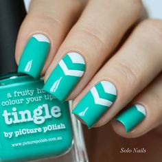 I love this deep mint green and white design. I'm so glad I've just ordered Tingle!