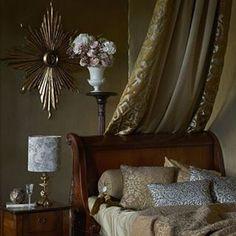 Synes inspirasjon med tekstiler fra Clarke & clarke  er en fin avslutning på dagen.  En god natt søvn til dere   #liftupinterior #tekstiler #inspirasjon #hjem#home#bedroom #soverom #puter #design