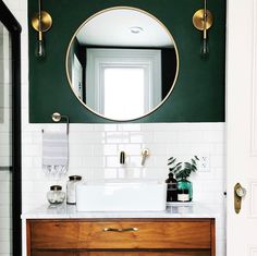 white and green bathroom with round mirror - Badezimmer Deko Ideen Diy Bathroom, Bathroom Renos, Bathroom Green, Bathroom Accent Wall, Small Bathroom Ideas, Dark Green Bathrooms, Bathroom Vanities, Colorful Bathroom, Gold Bathroom