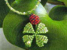Beaded ladybug and clover pendant PATTERN free