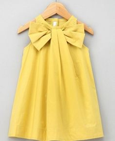 Little girls dress tutorial. The cute is killing me. Maybe Easter dress Fashion Kids, Fashion Games, Fashion Styles, Little Girl Dresses, Girls Dresses, Easter Dresses For Girls, Little Girl Dress Patterns, Baby Dresses, Dress Girl