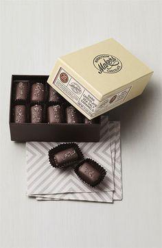 Nordstrom Makers Chocolate Dark Chocolate Sea Salt Caramels (20 Pieces) | Nordstrom