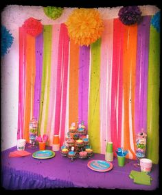 Streamer backdrop for party table