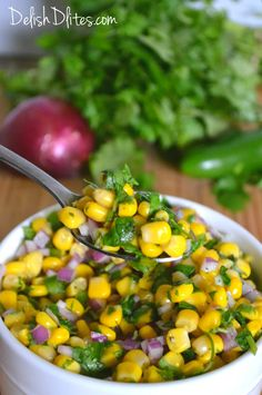 My favorite topping at Chipotle is their spicy corn salsa, so I knew I had to make it at home. Here's the recipe for this delicious Chipotle corn salsa! Corn Recipes, Side Dish Recipes, Mexican Food Recipes, Side Dishes, Healthy Recipes, Spanish Recipes, Mexican Dinners, Corn Dishes, Recipies