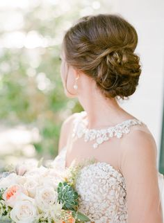 Pure elegance: http://www.stylemepretty.com/south-carolina-weddings/beaufort/2017/01/24/a-lowcountry-wedding-at-its-finest/ Photography: The Happy Bloom - http://www.thehappybloom.com/