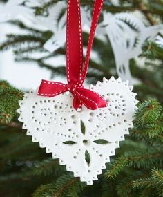 Made from salt dough! Homemade Ornaments, Clay Ornaments, Diy Christmas Ornaments, Homemade Christmas, Christmas Projects, Holiday Crafts, All Things Christmas, Winter Christmas, Christmas Holidays