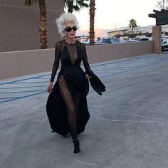 Judith Sheindlin, Love Hug, The Struts, Shades Of Grey, Hugs, Goth, Hair Beauty, Style Inspiration, Stylish