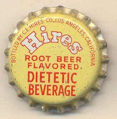 Food Logo Design, Logo Food, Bottle Top, Bottle Labels, Root Beer Bottle, Pop Bottles, Vintage Tins, Bottle Design, Coca Cola