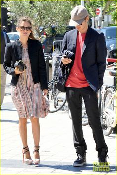 Rachel Bilson and Hayden Christensen take a stroll along La Croisette while enjoying a beautiful day at the 2013 Cannes Film Festival on Monday (May 20) in Cannes,…
